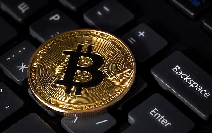 96-967058_bitcoin-and-keyboard-4k-wallpa