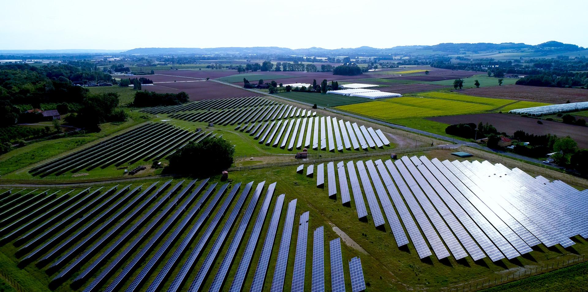太陽光発電 施設
