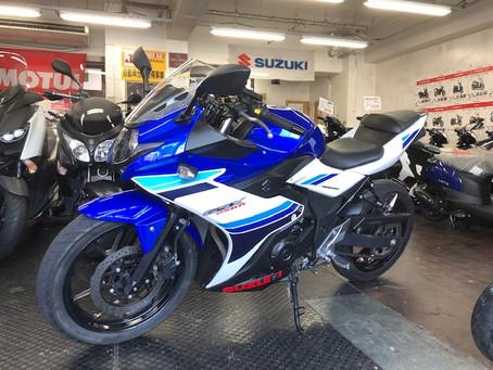 人気250ccスポーツ GSX250R 入荷しました!
