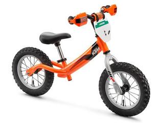 KTMキッズトレーニングバイク クリスマスプレゼントにいかがですか?