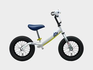 ハスクバーナ キッズトレーニングバイク クリスマスプレゼントにいかがですか?