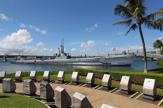 Memorial in Pearl Harbor with submarine
