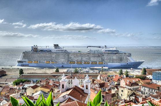 #15 sea-boat-luxury-travel.jpg