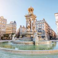 Jacobins square and beautiful fountain i