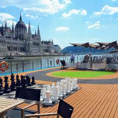 HU_Budapest_Daytime backdrop on Sun Deck