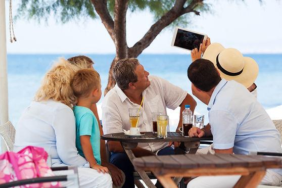 #19 Family on beach DM_03242016_1668.jpg