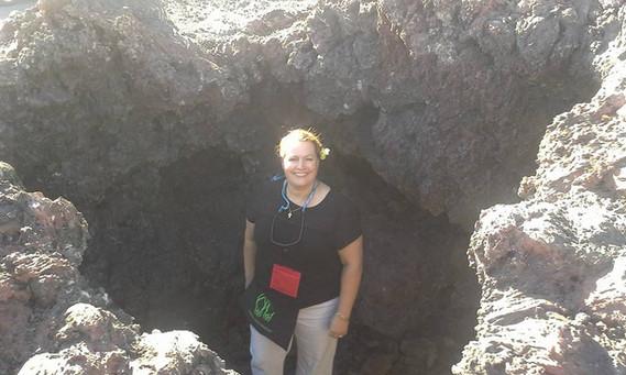 Lava hole - Hawaii.jpg
