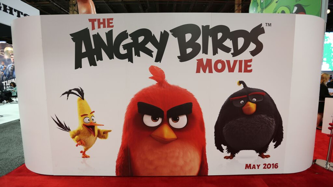The Angry Birds Movie- Opening scene