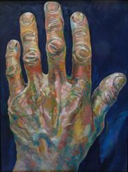 Les mains de MK, gauche