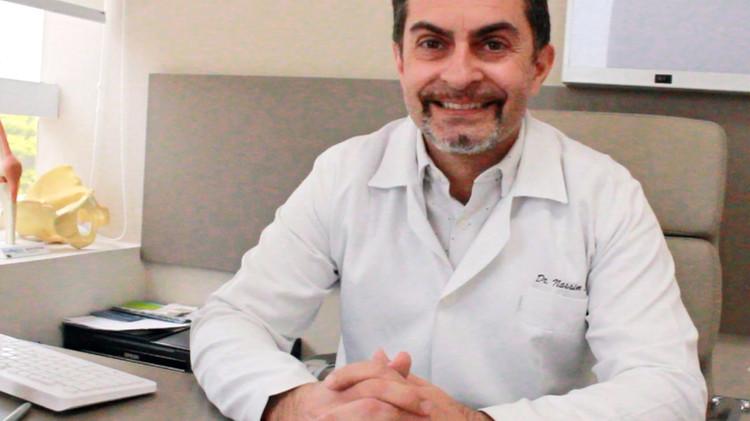 Médico cirurgião Dr. Nassim