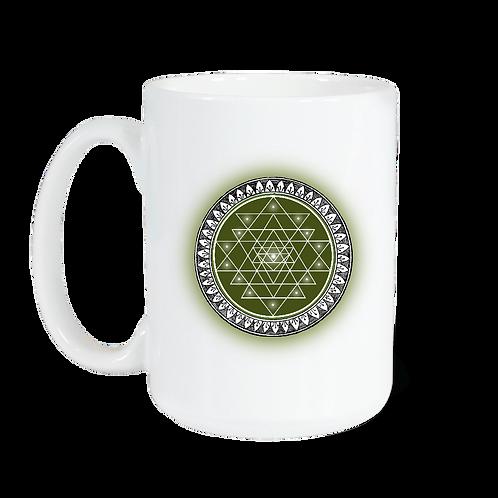 Taza blanca brillante con Sri Yantra color verde