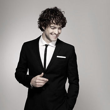 Lee Mead,Meadaholics