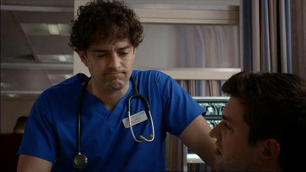 Lee Mead S19 E44 Go Ugly Early