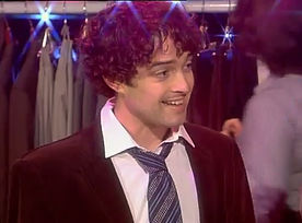 Lee Mead in Legally Blonde on Meadaholics