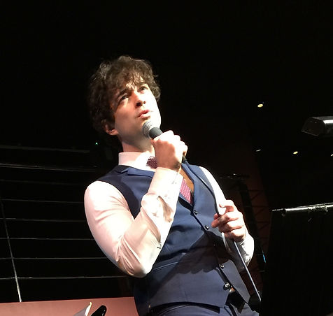 Lee Mead singig at the phesantry, meadaholics