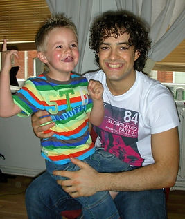 Lee Mead in joseph dressing room on Meadaholics