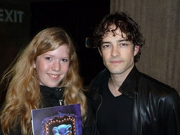 Lee Mead at the stage door in wicked on Meadaholics