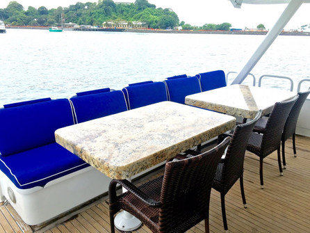 back deck on 105ft broward yacht for charter in panama