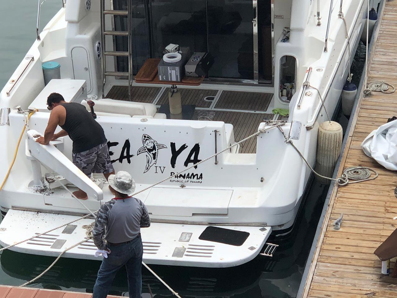 Back Deck Azimut panama
