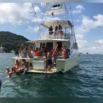 party on 58ft bertram boat rental in panama