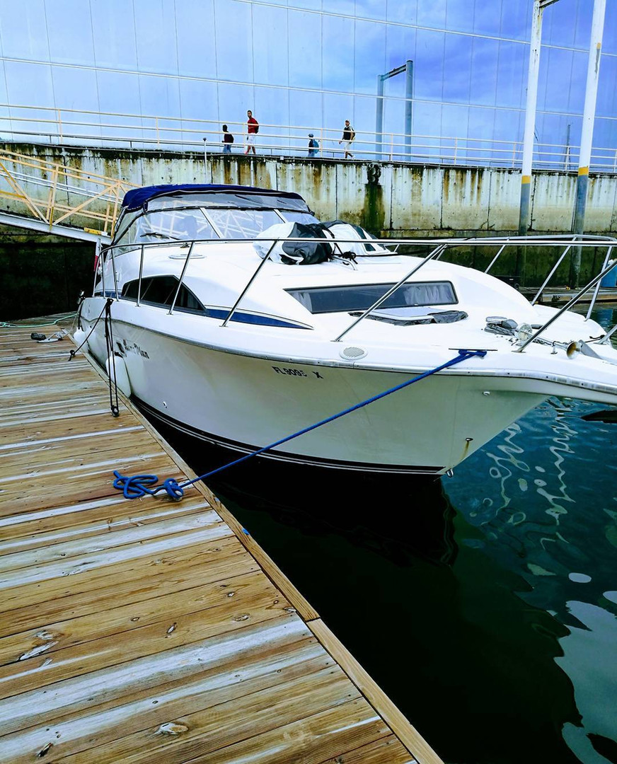 34ft bayliner boat rental in panama