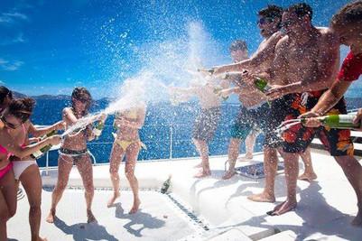 Champagne shower 3.jpg