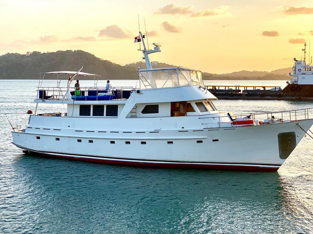 78ft rowley marine yacht charter in panama