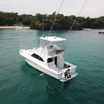 38ft luhrs fishing in pearl islands