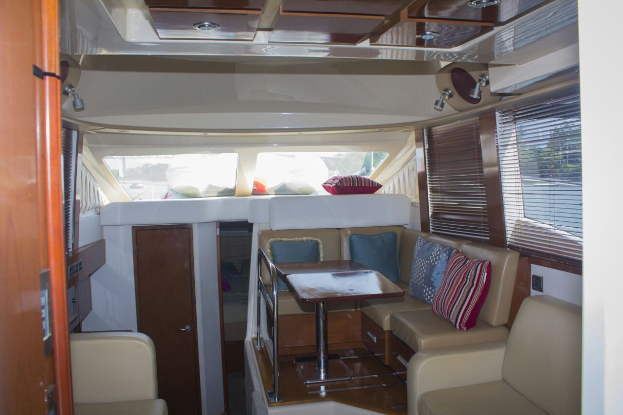 interior of 40ft sea ray for charter in panama