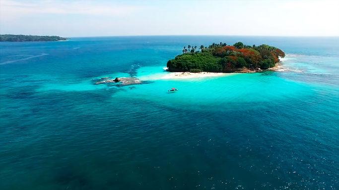 Pearl Islands Yacht