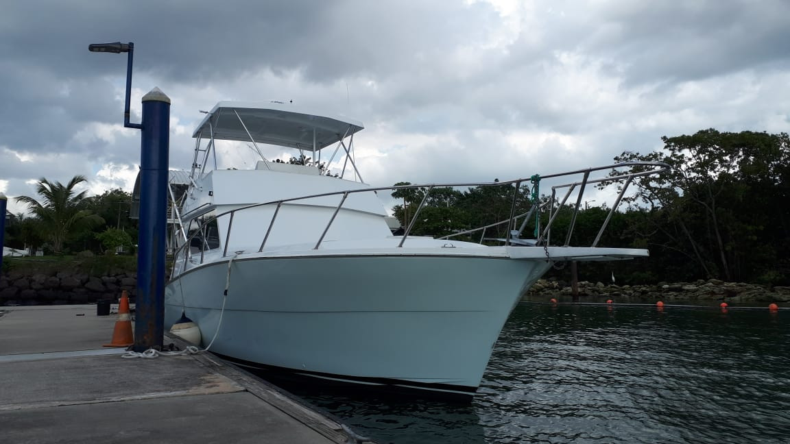 41ft Viking in Panama