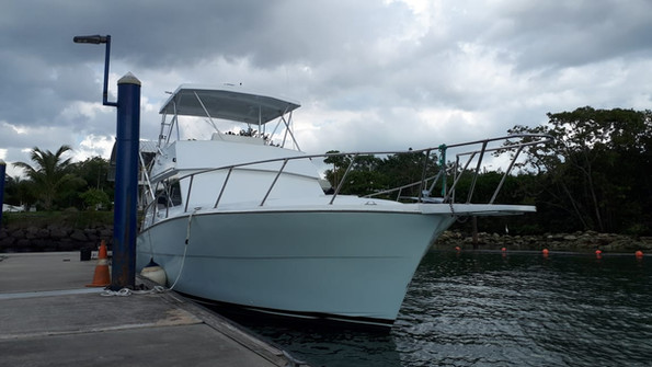41ft Viking in Panama