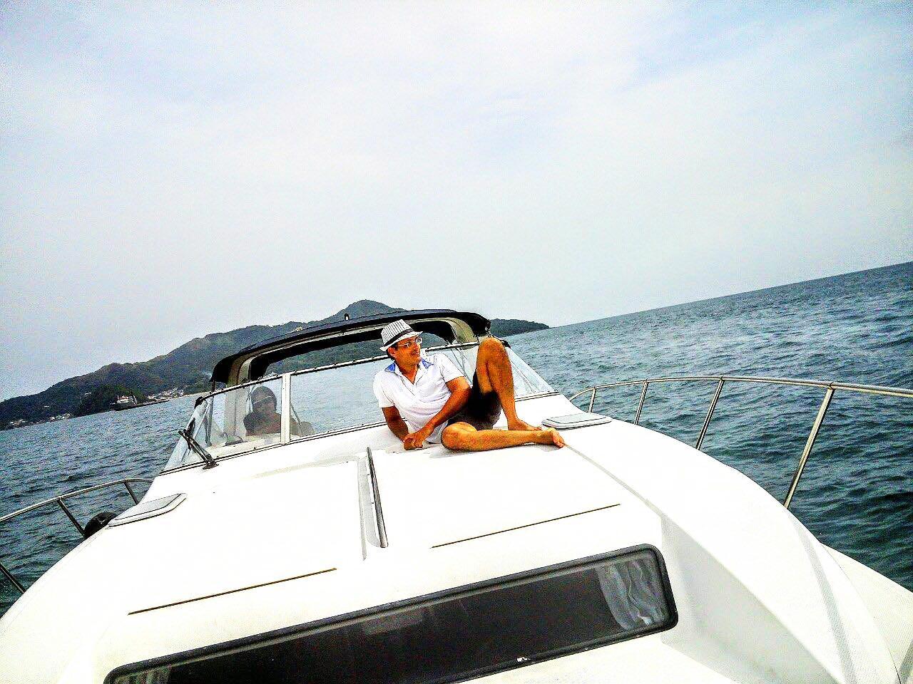 Panama rental boat