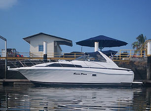 34ft bayliner boat rental in panama