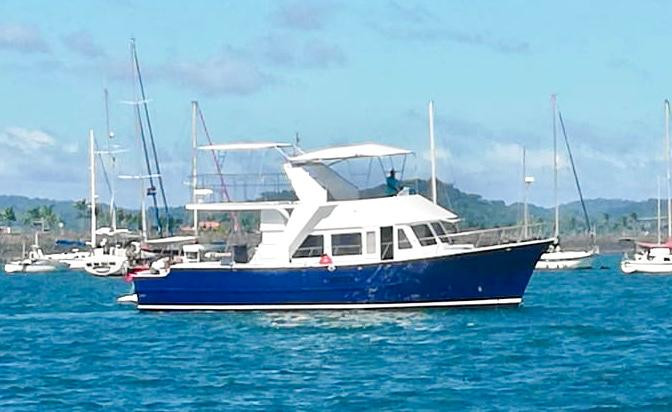 party boat in panama