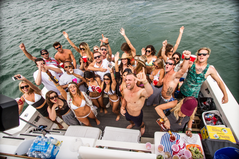 panama yacht party
