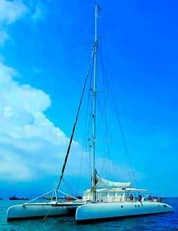 78ft catamaran for boat party in panama