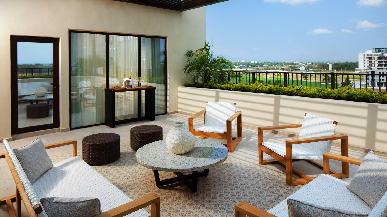 ptylc-master-terrace-7323-hor-wide.jpg