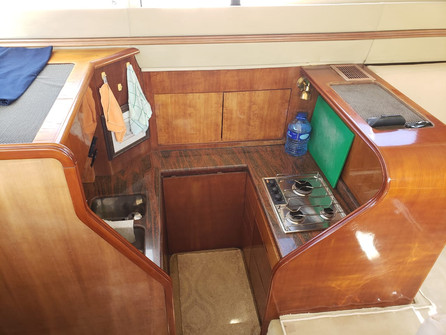 48ft azimut interior