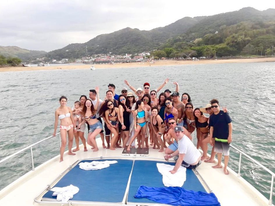 party on 65ft ferreti boat rental in panama