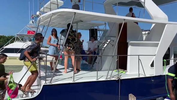 boat rental panama
