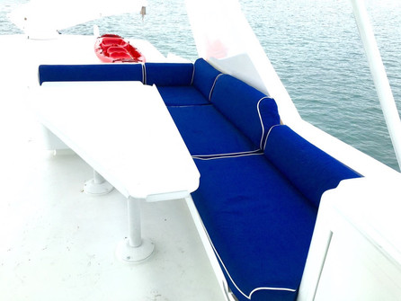 deck on 105ft broward yacht for charter in panama