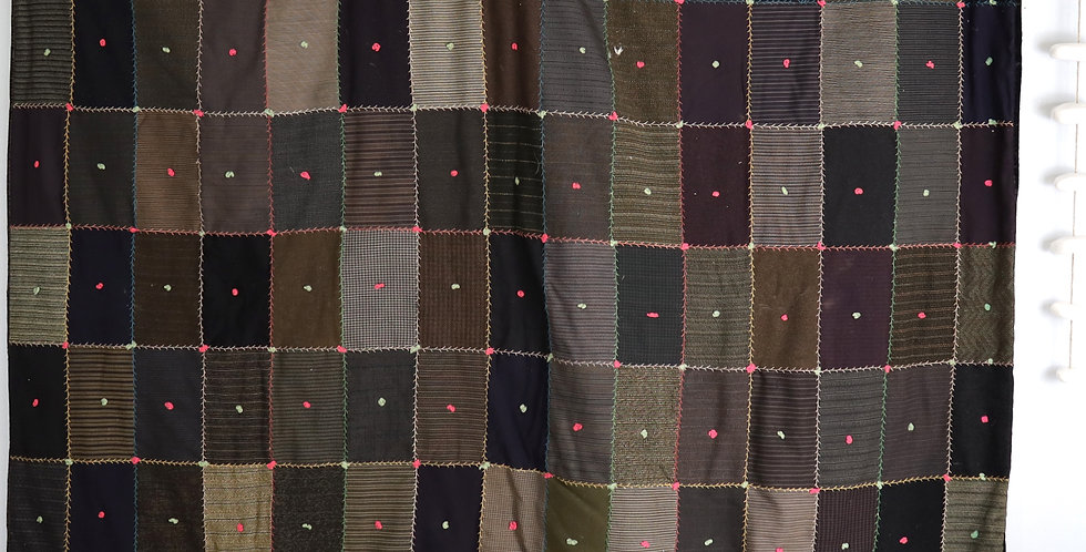 1930 Wool Block Family Quilt