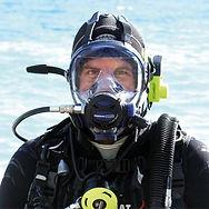Ocean-Reef-Neptune-Space-G-divers-Full-F