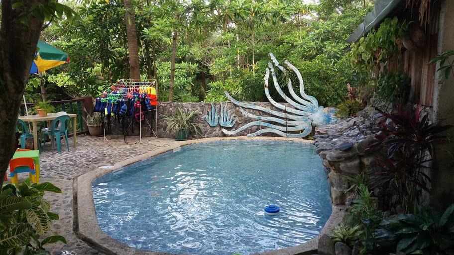 kids pool area 2
