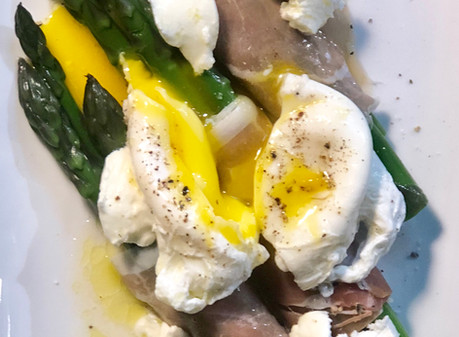 Asparagus Salad with Poached Egg and Prosciutto
