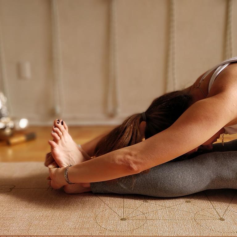 Clase especial Yoga Iyengar restaurativa