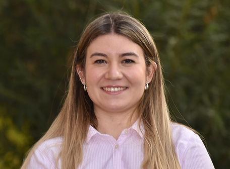 Bárbara Bravo Román- Profesora de Lenguaje.jpg