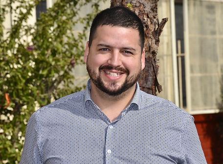 Tomás Parada Manríquez- Inspector de patio.jpg