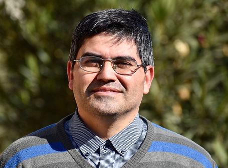 Alberto Osorio Martínez-Profesor de Religión.jpg